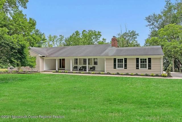 31 W Larchmont Drive, Colts Neck, NJ 07722 (MLS #22121635) :: Kiliszek Real Estate Experts