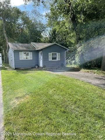 1519 Caroline Lane, Toms River, NJ 08755 (MLS #22121677) :: William Hagan Group