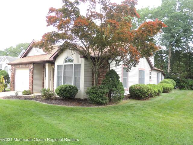 1602 Alpen Lane, Toms River, NJ 08755 (MLS #22121709) :: The MEEHAN Group of RE/MAX New Beginnings Realty