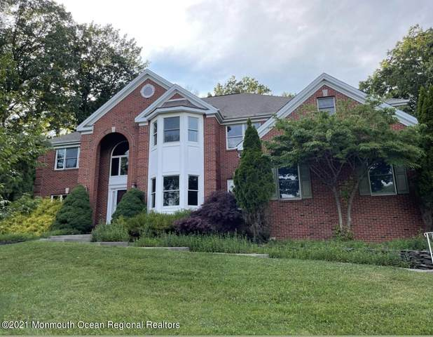 40 Buena Vista Drive, Freehold, NJ 07728 (MLS #22121793) :: The Dekanski Home Selling Team