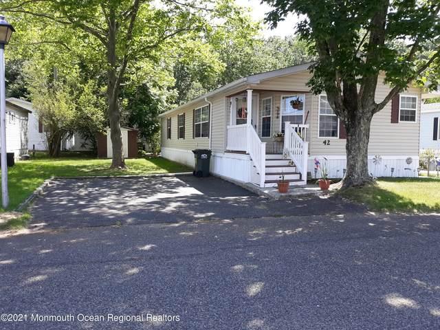 42 Village Road, Morganville, NJ 07751 (MLS #22121994) :: William Hagan Group