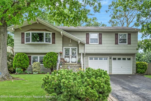 511 Oakview Drive, Toms River, NJ 08753 (MLS #22122224) :: The MEEHAN Group of RE/MAX New Beginnings Realty