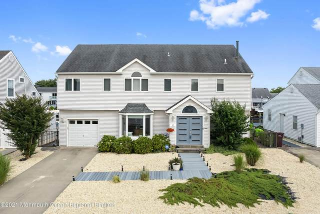 61 Storm Jib Court, Bayville, NJ 08721 (MLS #22122348) :: The MEEHAN Group of RE/MAX New Beginnings Realty