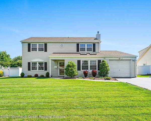 26 Autumn Lane, Aberdeen, NJ 07747 (MLS #22122478) :: The MEEHAN Group of RE/MAX New Beginnings Realty