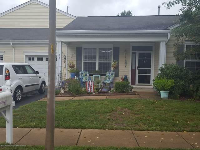 38 Silverside Road, Lakewood, NJ 08701 (MLS #22122600) :: The MEEHAN Group of RE/MAX New Beginnings Realty