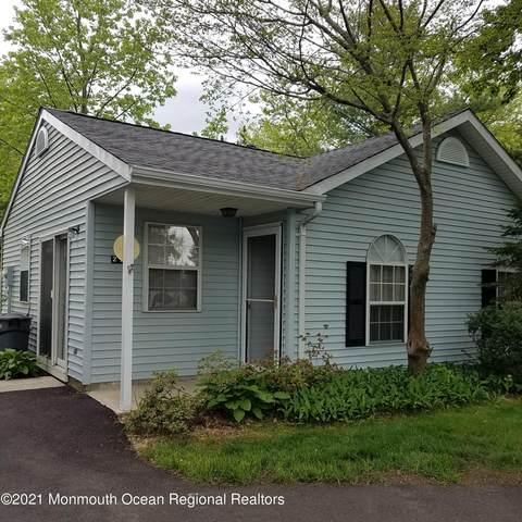 22 Linton Close #1000, Freehold, NJ 07728 (MLS #22122656) :: The Sikora Group