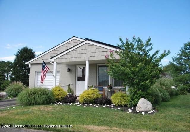 198 Canterberry Lane, Toms River, NJ 08757 (MLS #22122697) :: Kiliszek Real Estate Experts
