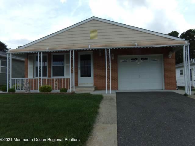 38 Canterbury Lane, Toms River, NJ 08757 (MLS #22122775) :: Kiliszek Real Estate Experts