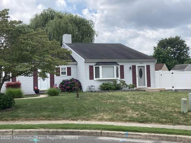 2007 Bookbinder Court, Toms River, NJ 08753 (MLS #22122801) :: Caitlyn Mulligan with RE/MAX Revolution