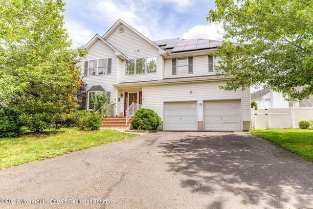 4 Woodruff Court, Englishtown, NJ 07726 (MLS #22122856) :: The MEEHAN Group of RE/MAX New Beginnings Realty