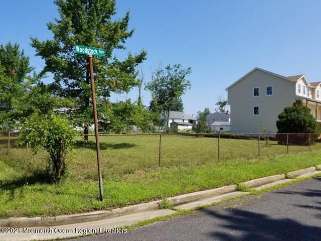 1 Woodstock Avenue, Port Monmouth, NJ 07758 (MLS #22122879) :: Laurie Savino Realtor