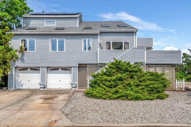 1828 Nautilus Drive, Toms River, NJ 08753 (MLS #22122948) :: The MEEHAN Group of RE/MAX New Beginnings Realty