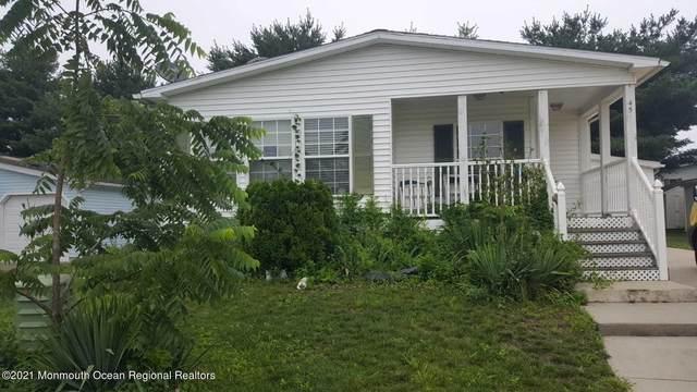 45 Pine Ridge Boulevard, Whiting, NJ 08759 (MLS #22122955) :: Corcoran Baer & McIntosh