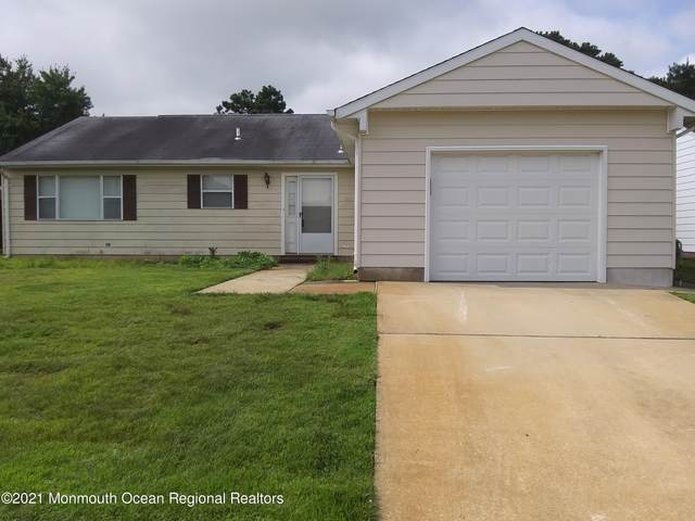 12 Elkton Court, Toms River, NJ 08757 (MLS #22122964) :: The MEEHAN Group of RE/MAX New Beginnings Realty