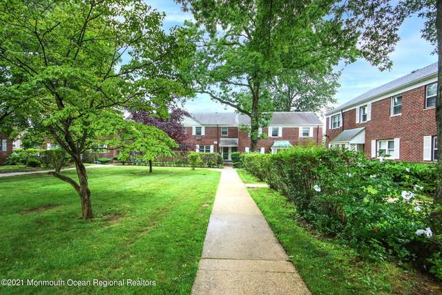 149 Manor Drive, Red Bank, NJ 07701 (MLS #22122969) :: The Sikora Group