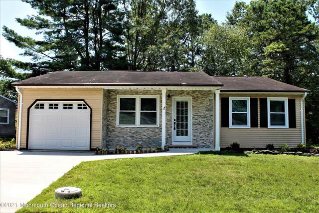 4 Longwood Drive, Whiting, NJ 08759 (MLS #22123005) :: The CG Group | RE/MAX Revolution