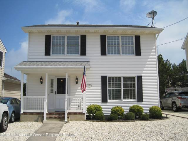 44 4th Avenue, Lavallette, NJ 08735 (MLS #22123053) :: The MEEHAN Group of RE/MAX New Beginnings Realty
