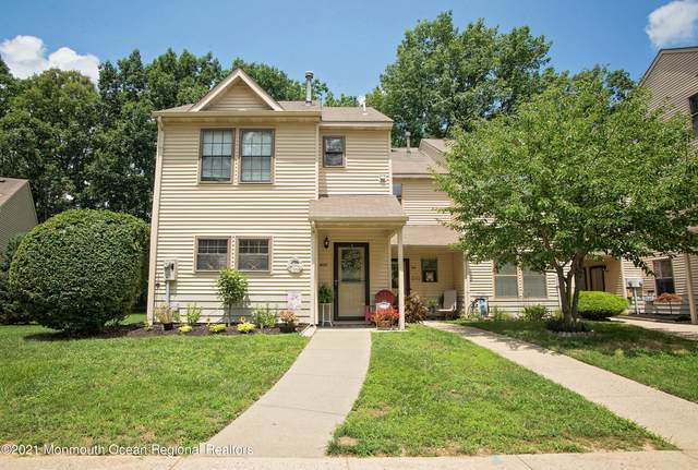 800 Violet Lane, Jackson, NJ 08527 (MLS #22123110) :: PORTERPLUS REALTY