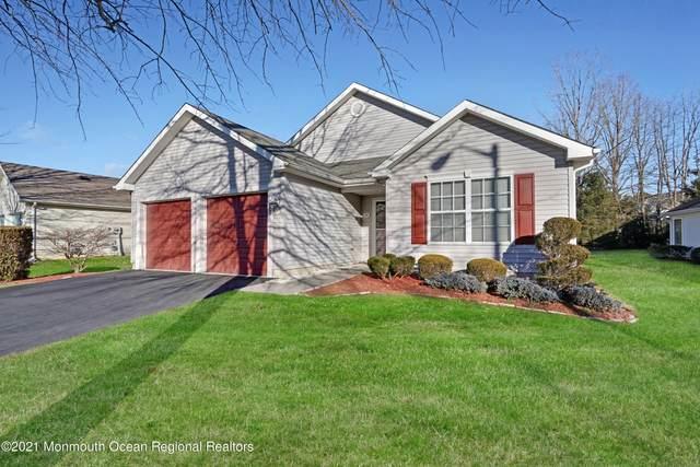 37 Clear Lake Road, Manchester, NJ 08759 (MLS #22123127) :: Kiliszek Real Estate Experts