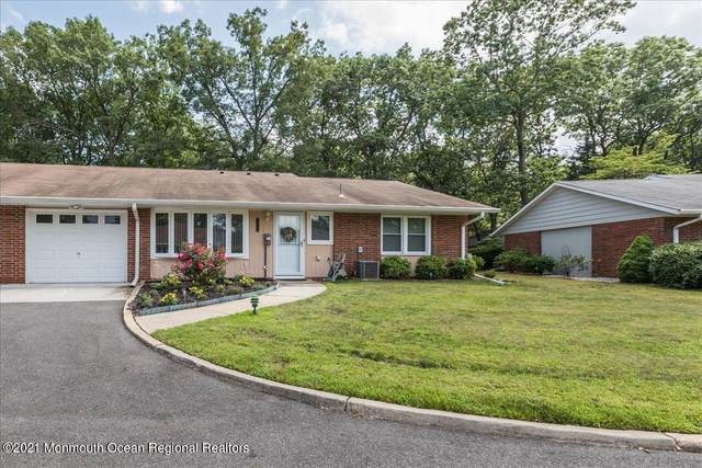 209A Huntington Drive, Lakewood, NJ 08701 (MLS #22123150) :: The MEEHAN Group of RE/MAX New Beginnings Realty