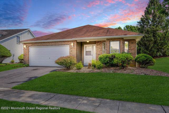 26 Hansom Lane, Marlboro, NJ 07746 (MLS #22123174) :: Kiliszek Real Estate Experts