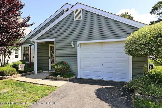 5 Tamarack Court, Barnegat, NJ 08005 (MLS #22123227) :: The Dekanski Home Selling Team