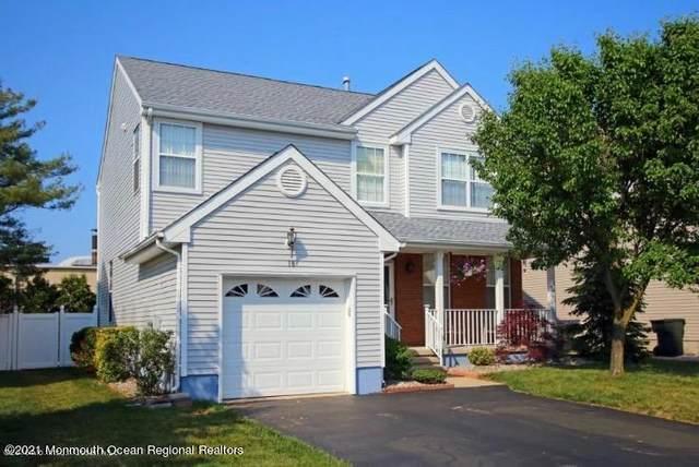 18 Ashleigh Drive, Hazlet, NJ 07730 (MLS #22123566) :: The Sikora Group