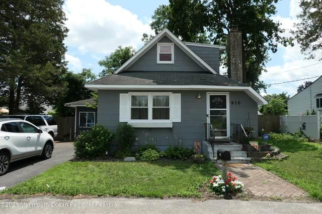 916 Monmouth Avenue, Toms River, NJ 08757 (MLS #22123594) :: Corcoran Baer & McIntosh