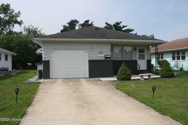 466 Jamaica Boulevard, Toms River, NJ 08757 (MLS #22123598) :: Kiliszek Real Estate Experts