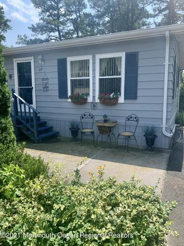 25 Martin Drive, Manchester, NJ 08759 (MLS #22123612) :: The MEEHAN Group of RE/MAX New Beginnings Realty