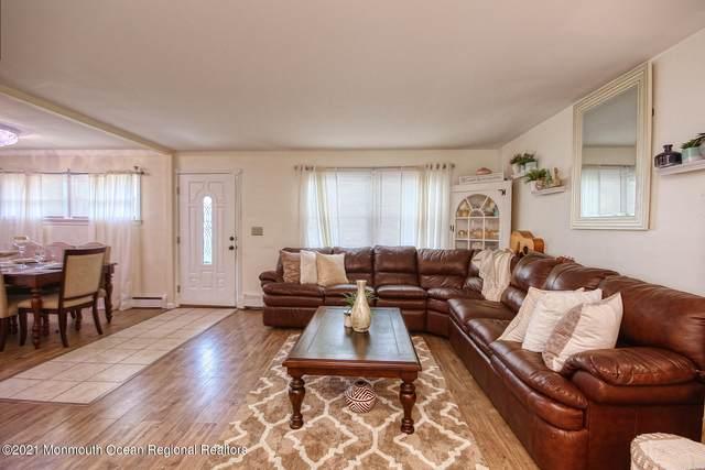 399 Remsen Avenue, Avenel, NJ 07001 (MLS #22123640) :: Parikh Real Estate