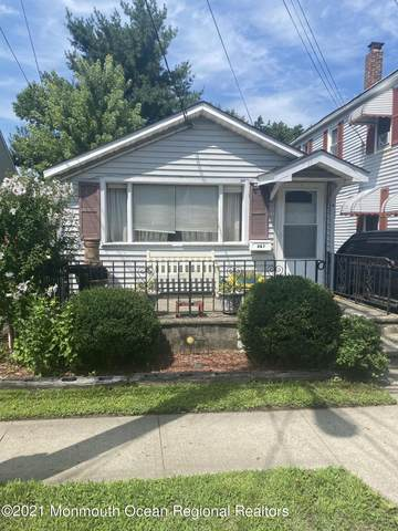 267 Port Monmouth Road, North Middletown, NJ 07748 (MLS #22123694) :: The Dekanski Home Selling Team