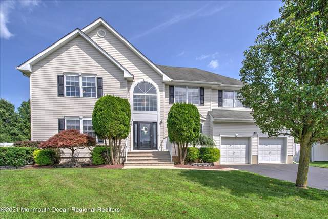 65 Heritage Drive, Englishtown, NJ 07726 (MLS #22123770) :: The MEEHAN Group of RE/MAX New Beginnings Realty