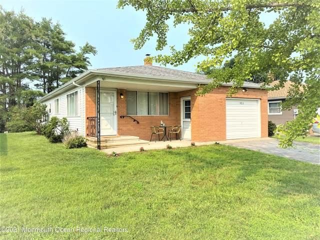 953 Jamaica Boulevard, Toms River, NJ 08757 (MLS #22123788) :: Kiliszek Real Estate Experts