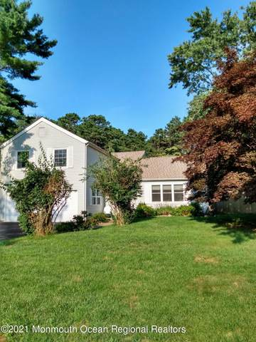 1031 Tralee Drive, Toms River, NJ 08753 (MLS #22123910) :: The MEEHAN Group of RE/MAX New Beginnings Realty