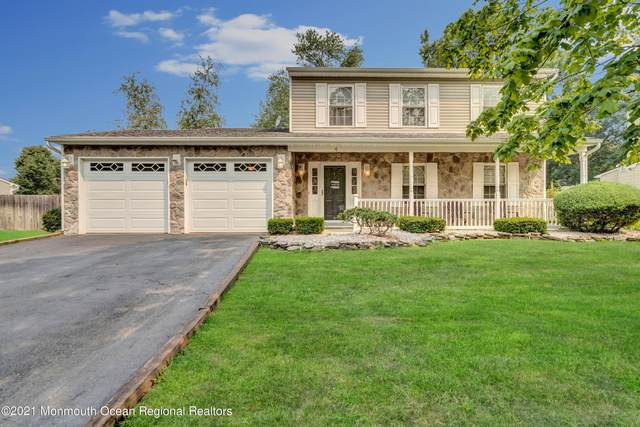 4 Blueberry Path, Howell, NJ 07731 (MLS #22123927) :: The MEEHAN Group of RE/MAX New Beginnings Realty