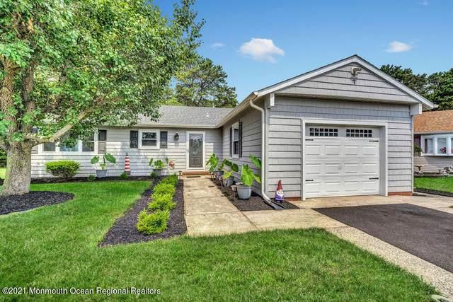 7 Flamingo Way, Toms River, NJ 08757 (MLS #22123942) :: Kiliszek Real Estate Experts
