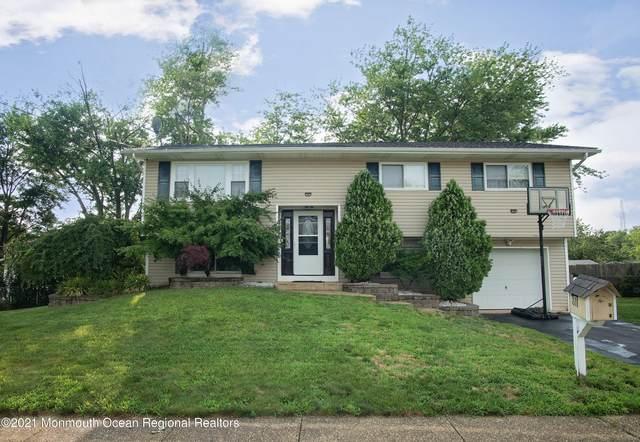 811 Stamford Drive, Neptune Township, NJ 07753 (MLS #22123972) :: PORTERPLUS REALTY