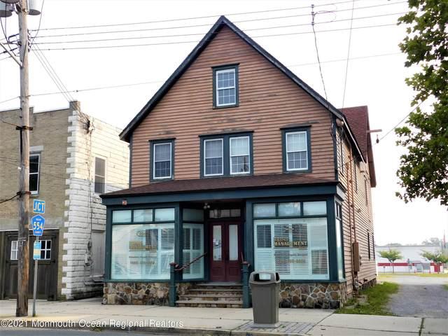 684 E Bay Avenue, Barnegat, NJ 08005 (MLS #22123996) :: The Dekanski Home Selling Team