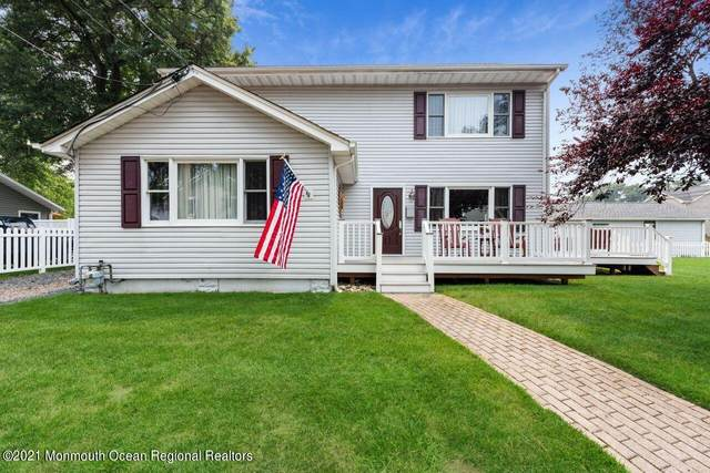 44 Dalby Place, North Middletown, NJ 07748 (MLS #22124022) :: The Dekanski Home Selling Team