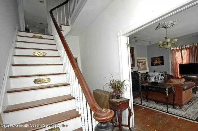 104 W Main Street, Freehold, NJ 07728 (MLS #22124121) :: PORTERPLUS REALTY
