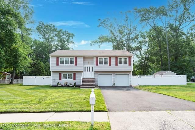 5 Sanders Drive, Middletown, NJ 07748 (MLS #22124140) :: PORTERPLUS REALTY