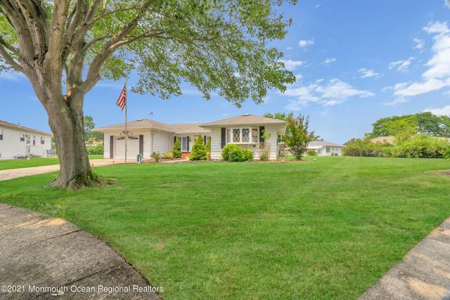 14 Nelson Court, Toms River, NJ 08757 (MLS #22124267) :: The MEEHAN Group of RE/MAX New Beginnings Realty