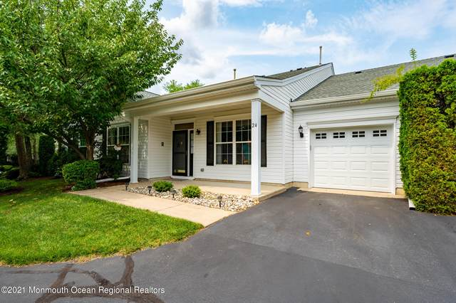 24 Golden Willows Avenue, Lakewood, NJ 08701 (MLS #22124319) :: The MEEHAN Group of RE/MAX New Beginnings Realty