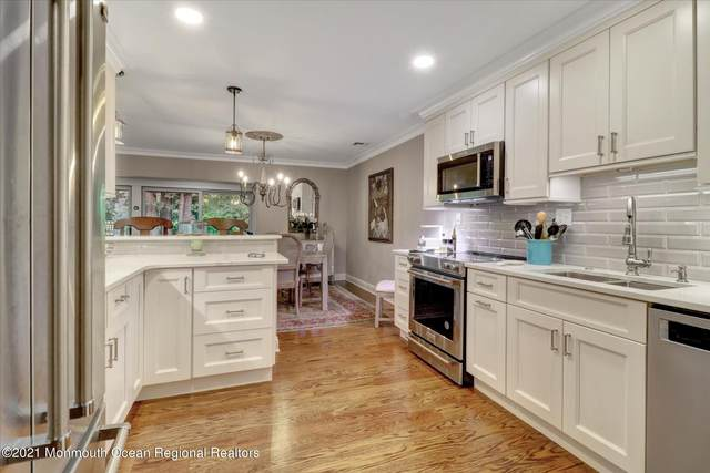 42 Dickinson Court, Red Bank, NJ 07701 (MLS #22124366) :: The MEEHAN Group of RE/MAX New Beginnings Realty