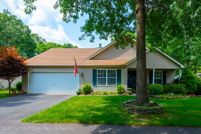 180 Morning Glory Lane, Whiting, NJ 08759 (MLS #22124393) :: The MEEHAN Group of RE/MAX New Beginnings Realty