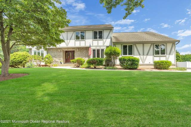 42 Redwood Lane, Freehold, NJ 07728 (MLS #22124448) :: The MEEHAN Group of RE/MAX New Beginnings Realty