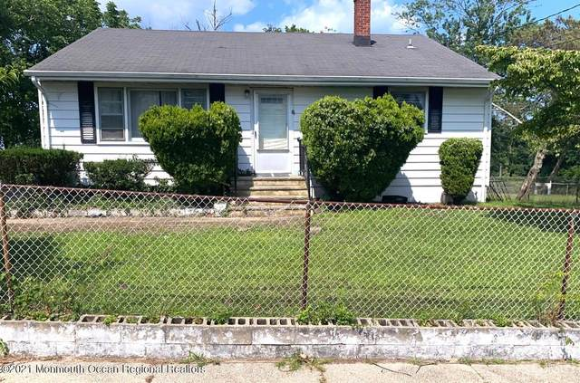 10 Dale Place, Neptune Township, NJ 07753 (MLS #22124470) :: The MEEHAN Group of RE/MAX New Beginnings Realty