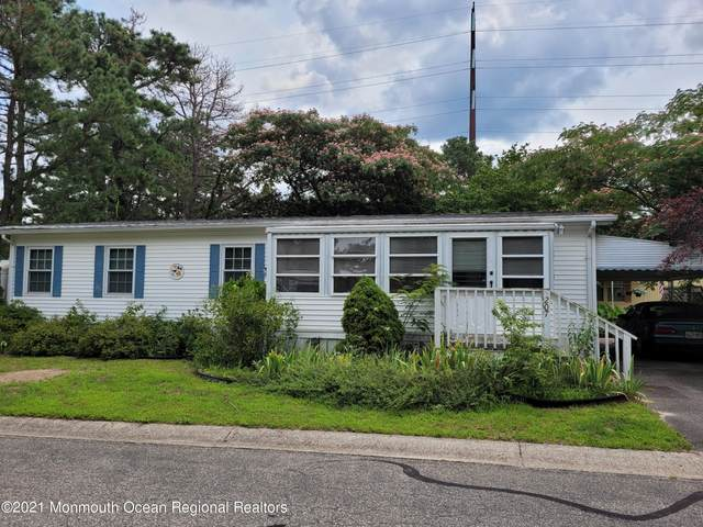 207 Mocking Bird Way, Whiting, NJ 08759 (MLS #22124474) :: The MEEHAN Group of RE/MAX New Beginnings Realty
