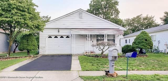 97 Torrey Pines Drive, Toms River, NJ 08757 (MLS #22124549) :: Kiliszek Real Estate Experts